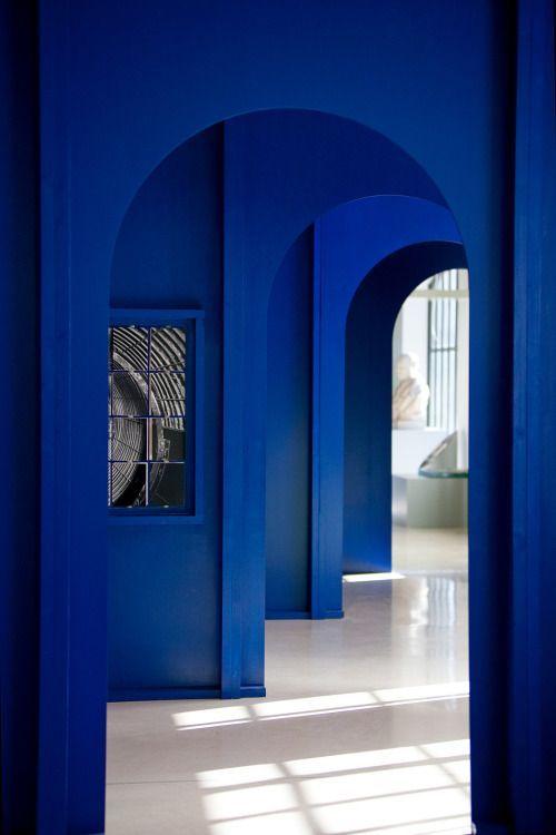 peinture bleu indigo